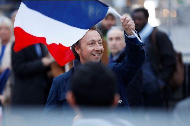Emmanuel-Macron-va-confier-une-mission-sur-le-patrimoine-a-Stephane-Bern